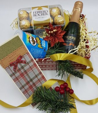 Snacker's Delight -Christmas Hamper- Chrtistmas - For Her - For Him - Stay Safe -Thank you - Thinking of you Alcohol Free - Vegeterian..